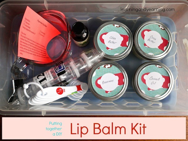Great idea for Christmas: give a lip balm kit!