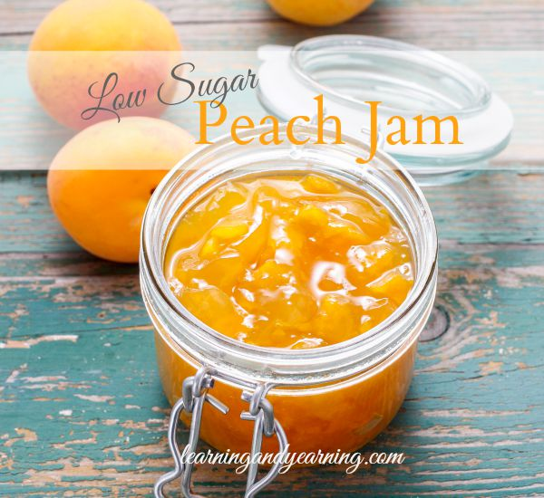 If summer had a taste, it would be peaches! Preserving that taste in low sugar peach jam means you can delight in that taste all winter long.