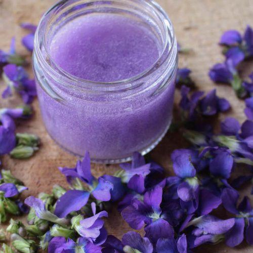 violet infused aloe soothing gel