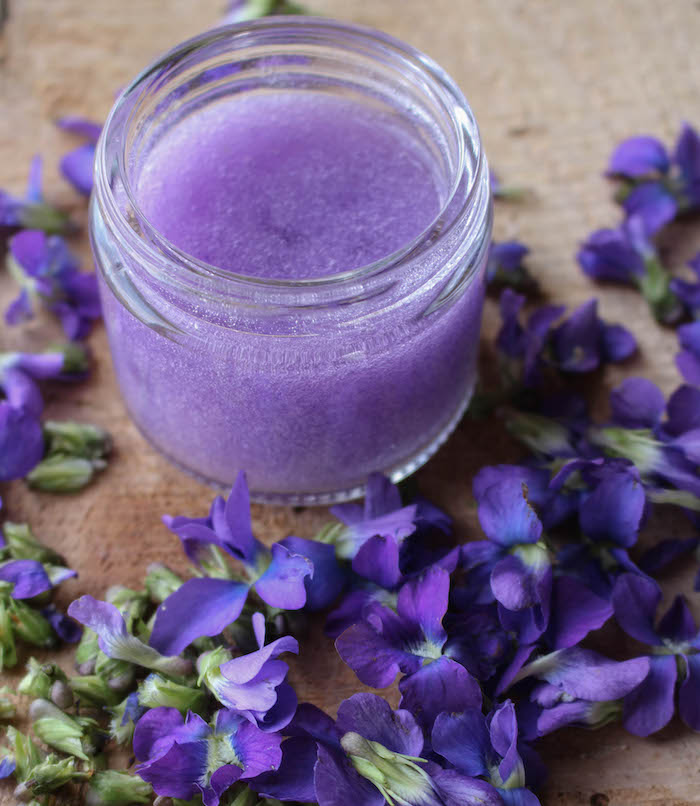 violet infused aloe soothing gel